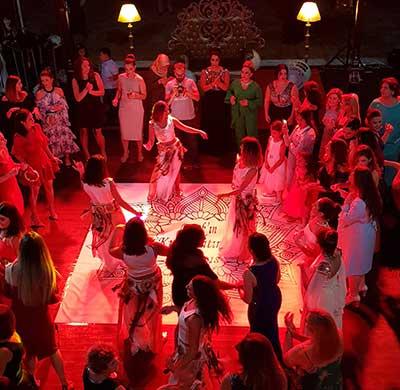 geleneksel-kına-gecesi Eski Türk Geleneklerinde Kına Gecesi